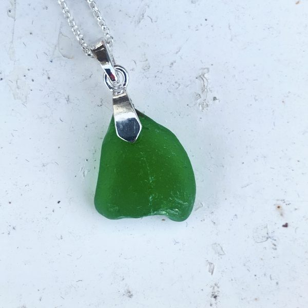green necklace simple
